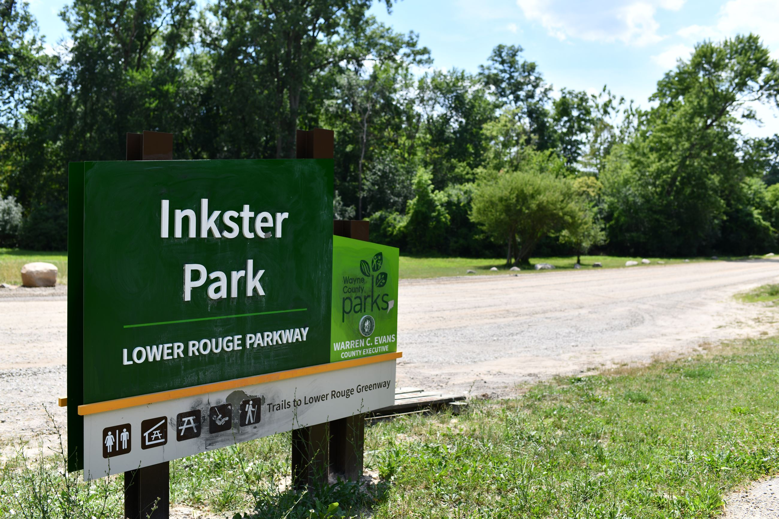 Inkster Park (Front Entrence)